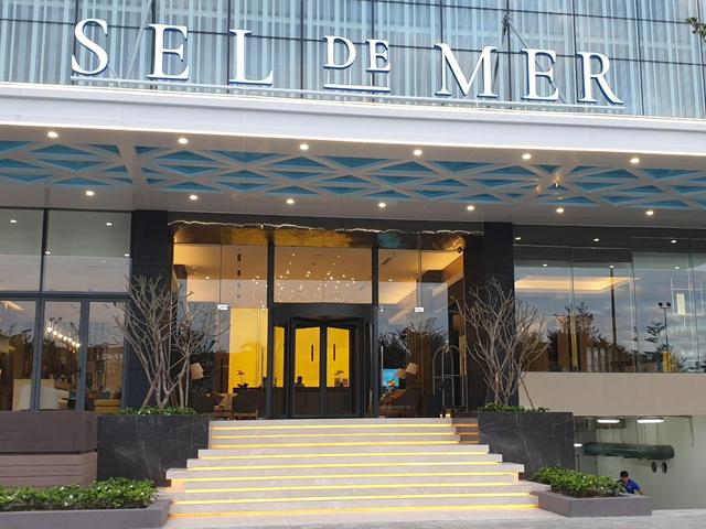 Cửa xoay KBB tại Sel De Mer Hotel and Suites Đà Nẵng